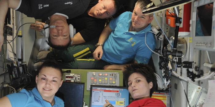 kosmonavti_i_astronavti_1