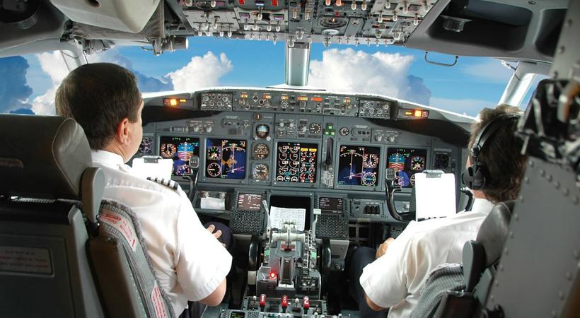 pilot_lajnera_b_3