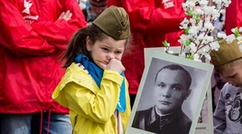 От Австралии до Канады: «Бессмертный полк» прошагает по миру